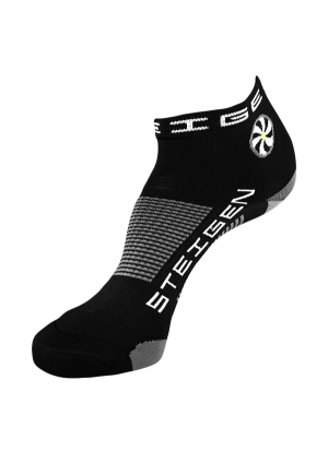 Black-Running Socks-quarter